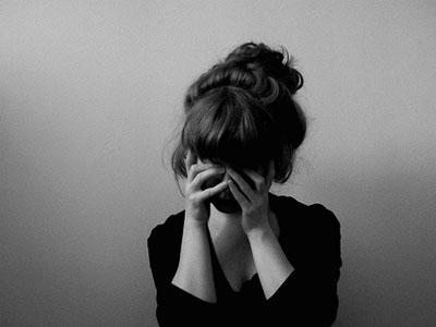 抑郁症 自信_自信与抑郁症的关系