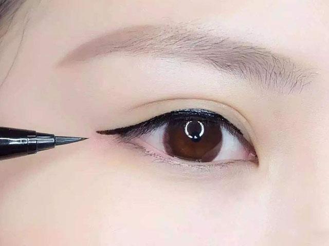 内双怎么画眼线?内双眼妆应该这样画才好