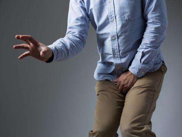 男性小便刺痛症狀不可忽視 吃什麼藥比較好?